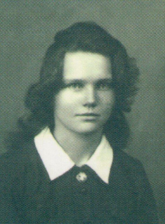 Marta Vitrupe (dz. Legzdiņa, prec. Krūmiņa)